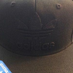 NWT adidas Trefoil SnapBack hat.